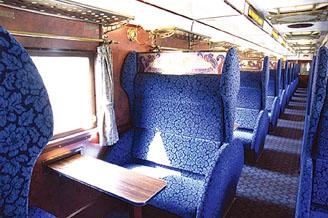 SLやまぐち号客車内部