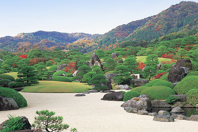 足立美術館 枯山水庭(秋)