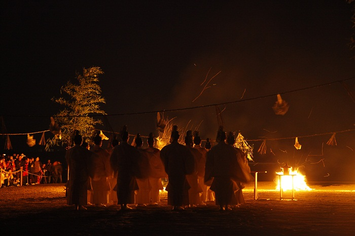 Kamimukae-sai, the ceremony to welcome the myriad gods
