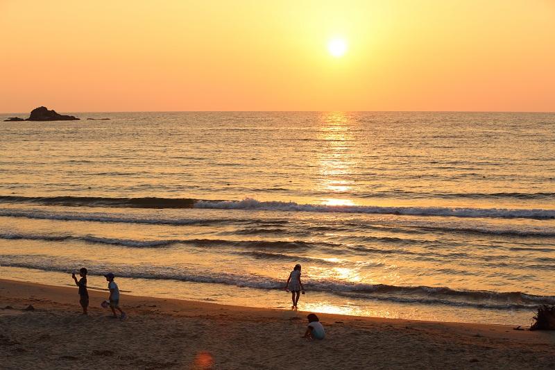 kotogahama beach oda sunset