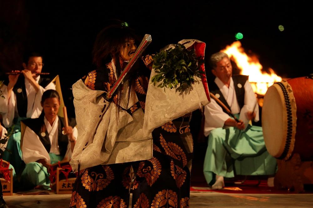 kagura Orochi (photo contest)