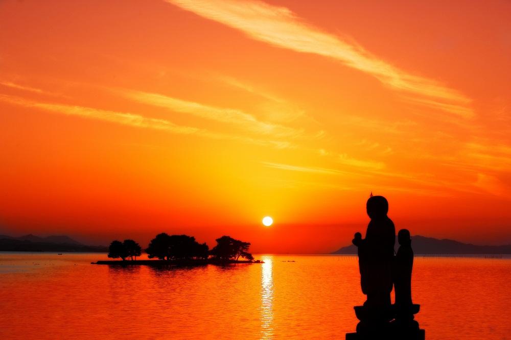 sunset in LakeShinji