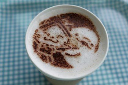 aquas_Shimanekko_latte_at_cafe