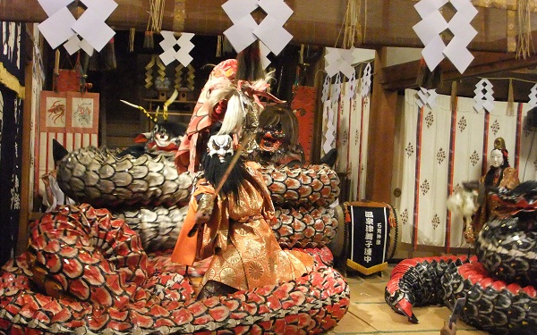Spectacle nocturne d'Iwami Kagura
