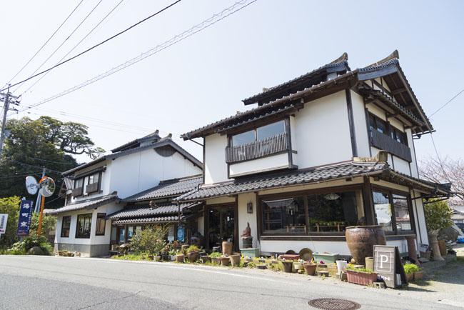 布志名焼 湯町窯のギャラリーショップ 外観