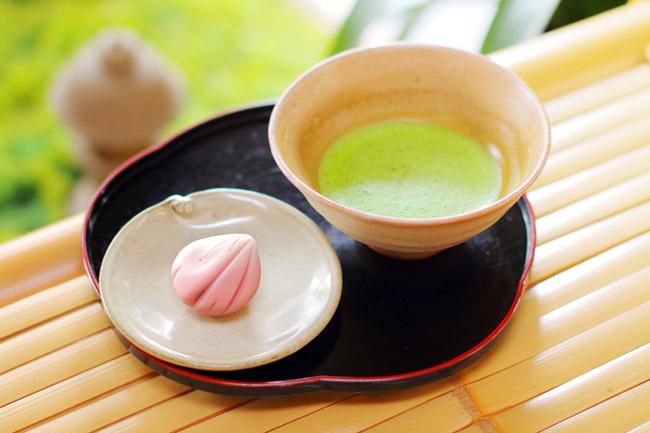 彩雲堂 生菓子・抹茶セット