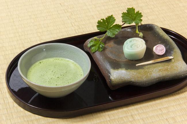 清松庵たちばな 季節の上生菓子とお抹茶のセット