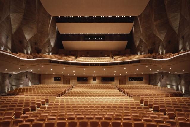 島根県立いわみ芸術劇場の大ホール