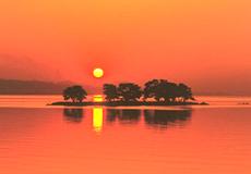 宍道湖の美しい夕日観賞スポット!
