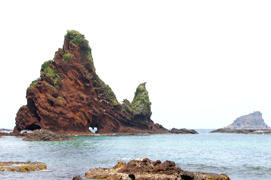 明屋海岸ハート岩