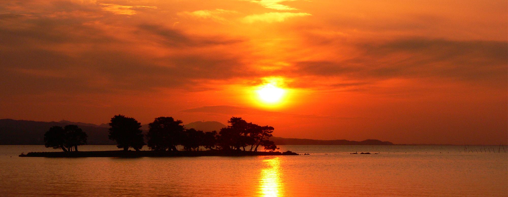 定番から穴場まで!宍道湖の夕日鑑賞スポットガイド